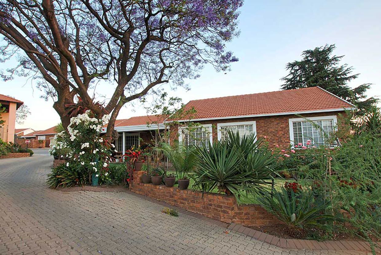 Retirement Houses for Sale in Roodepoort: Retirement