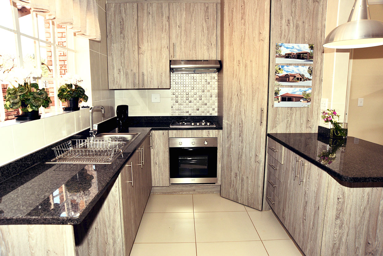 Regent park retirement village in roodepoort retirement for Sa company kitchen