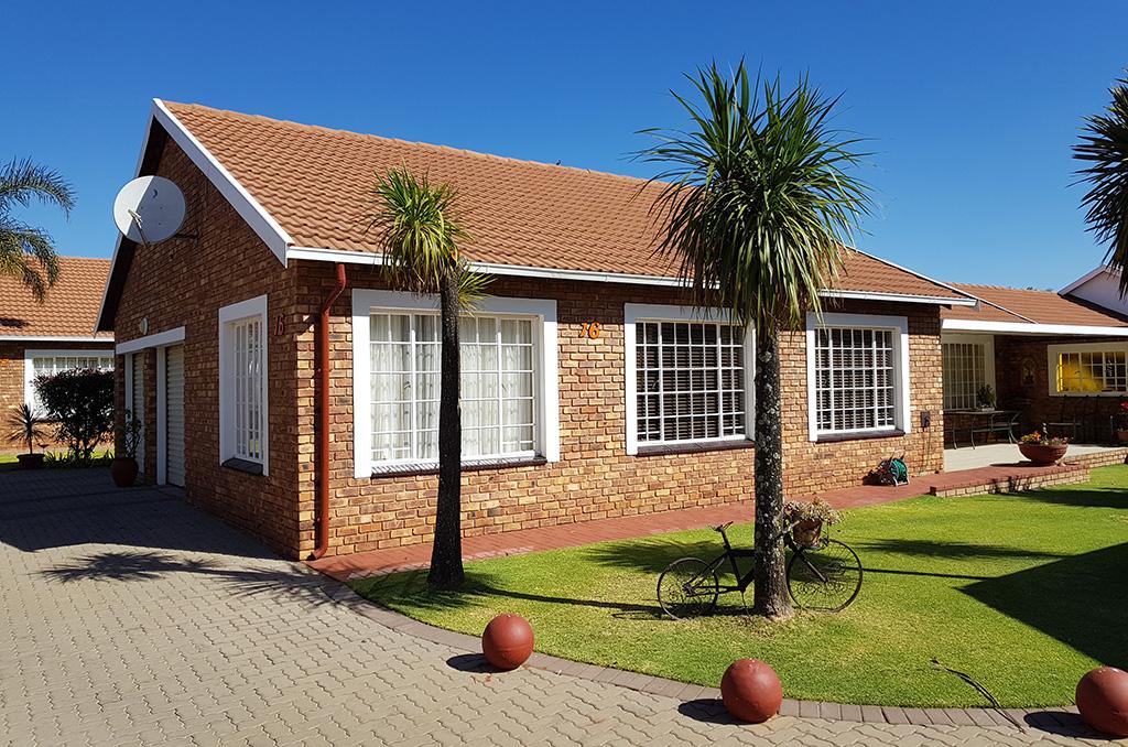 Sterlig Retirement House For Sale – R1,590,000