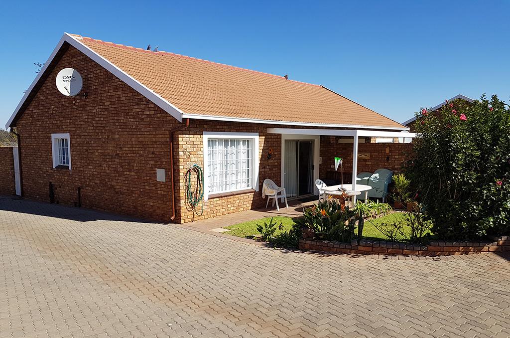 Sterlig Retirement House For Sale – R1,100,000