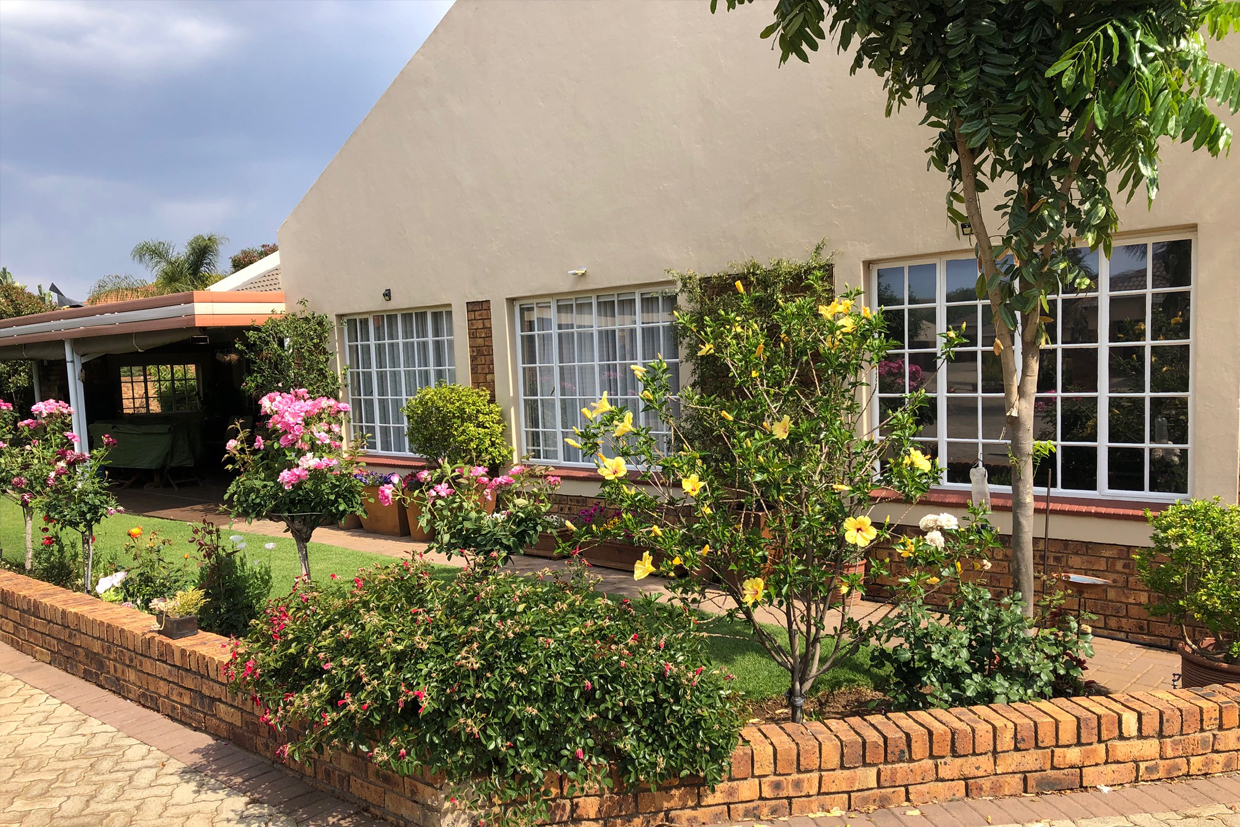 Wilgeheuwel Retirement House For Sale – R1,650,000