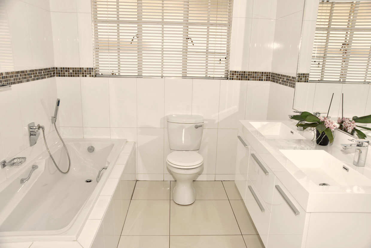 Protea Retirement Village bathroom